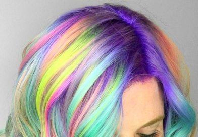 Разноцветное окрашивание волос всеми цветами в стиле Drip Hair Dye
